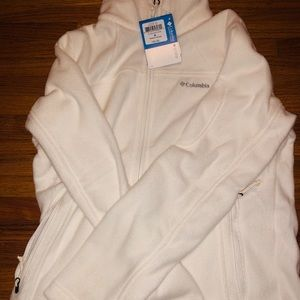 Women's White Columbia Fleece zip up jacket